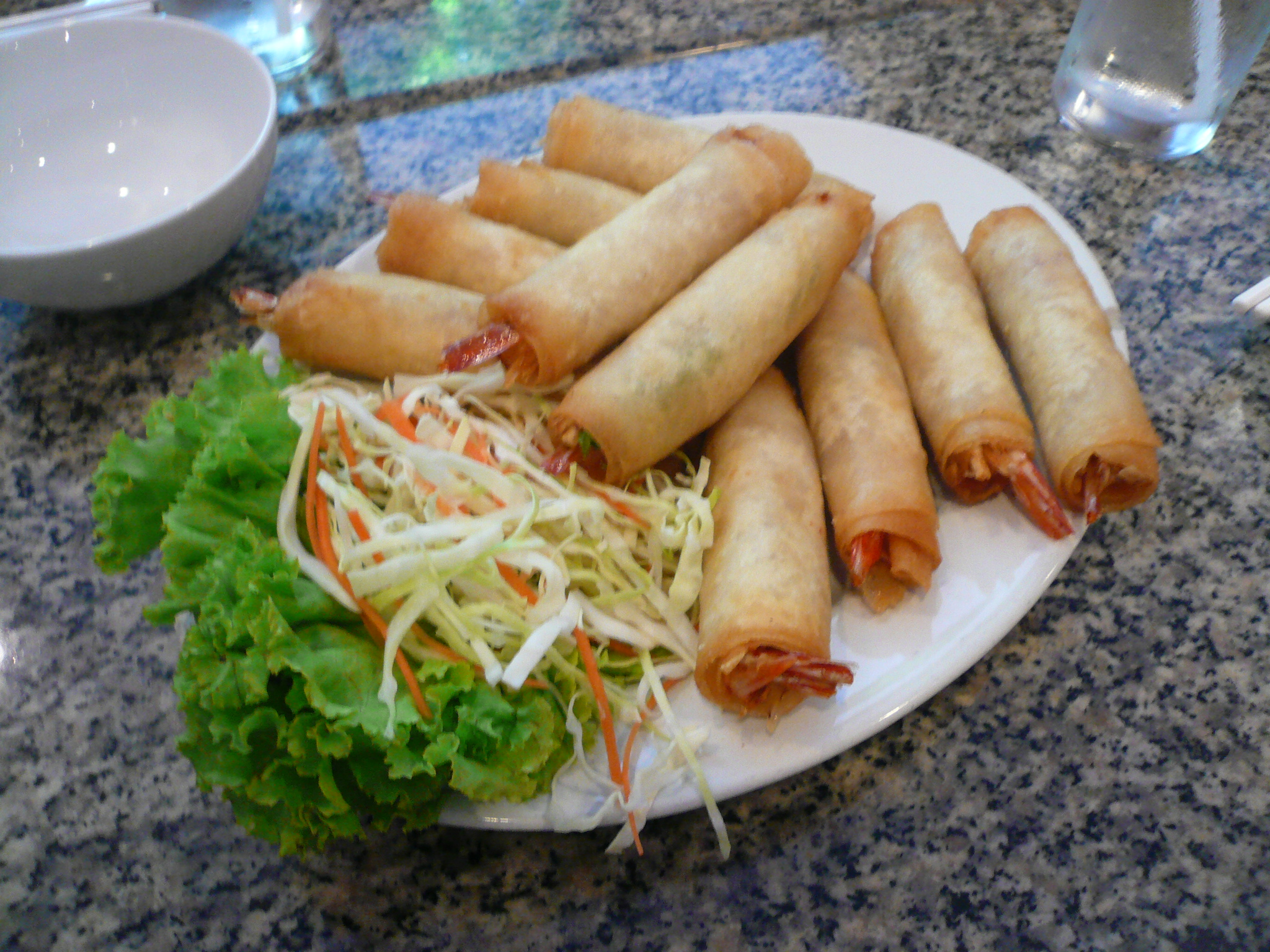 Boring and tasty shrimp rolls