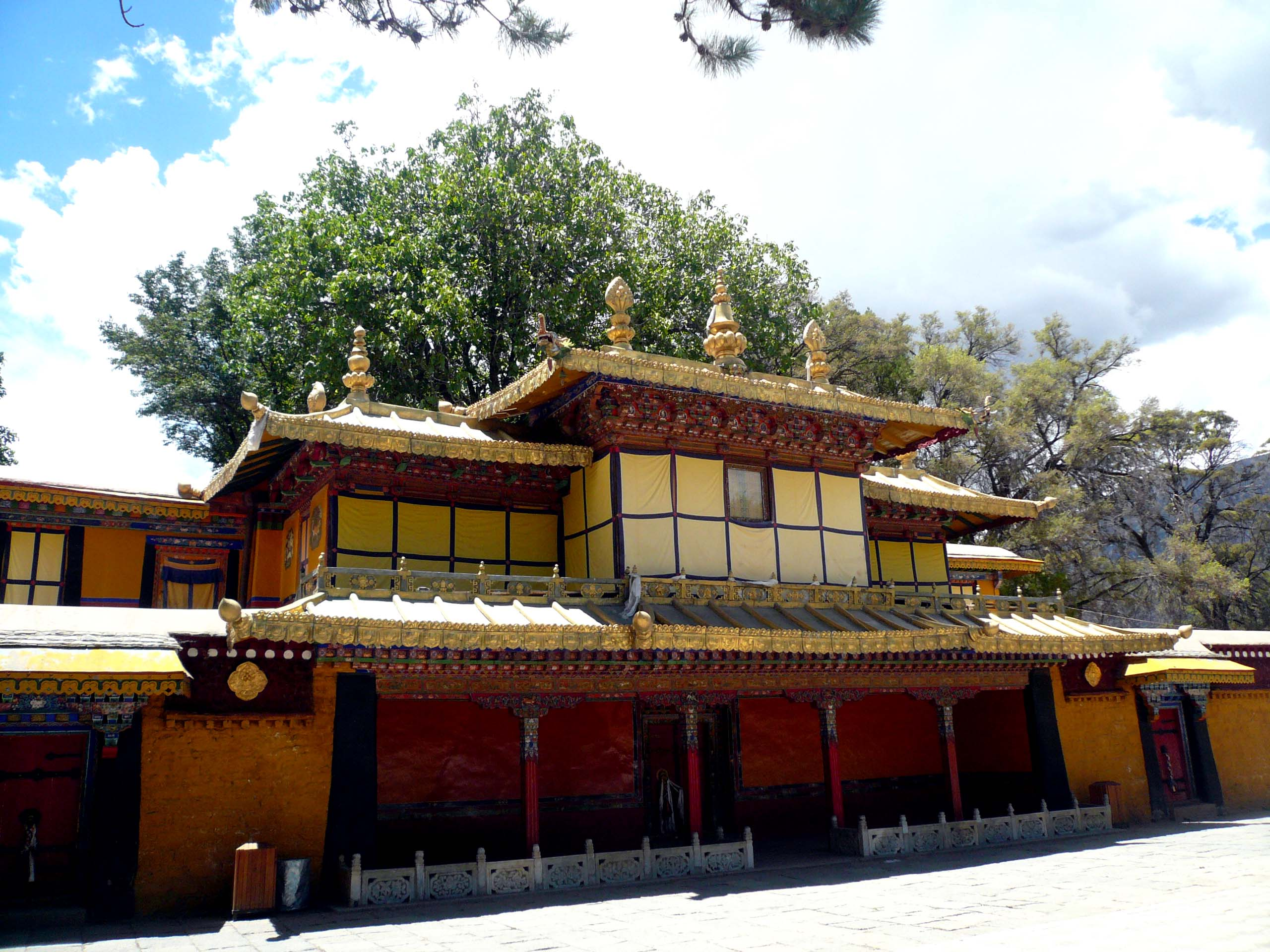 Performances used to be held at the open area infront of this building where the Dalai Lama watched from the small window above.
