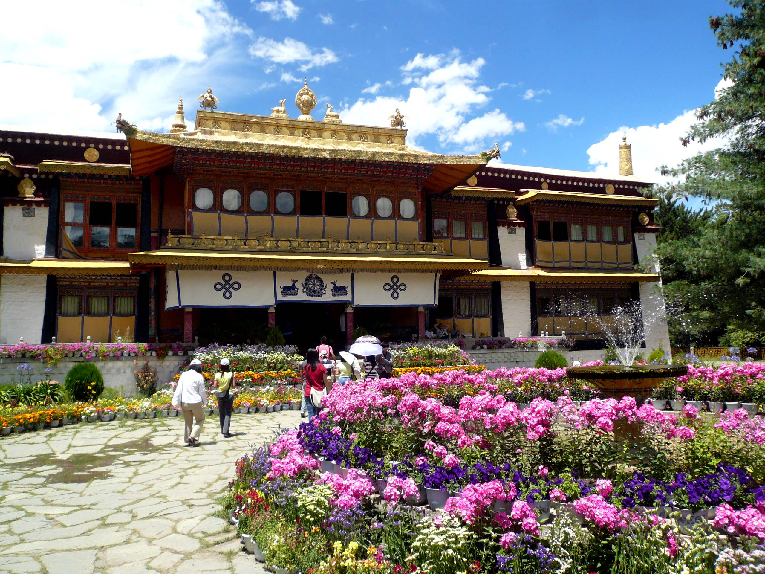 The Famous Summer Palace of the Dalai Lamas