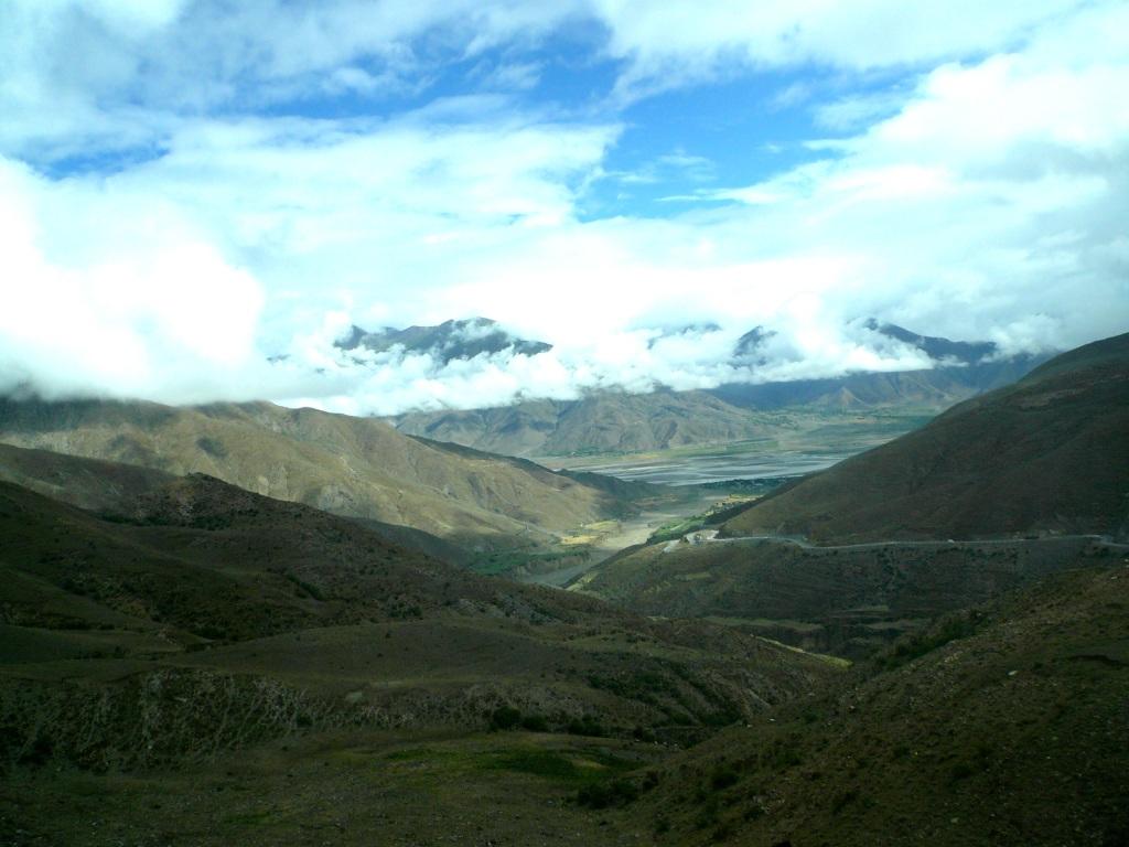 Yamdrok-Tso – Tibetians' Holy Lake